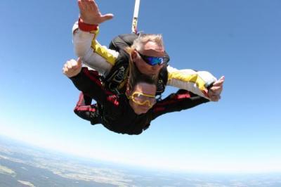 Saut en parachute tandem à Belle ile en mer