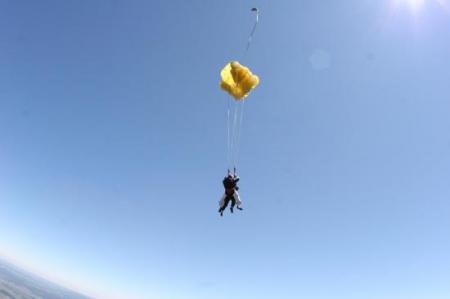 saut en parachute tandem.jpg