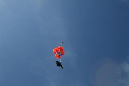 ouverture du parachute.jpg