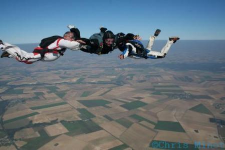 saut en parachute solo.jpg